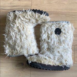 Tommy Hilfiger fur boots